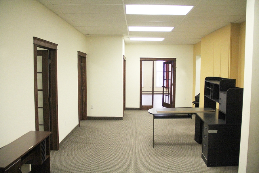 common-area-desks-boardroom
